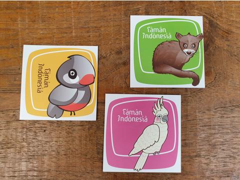 Set van drie stickers van de rijstvogel, kaketoe en loewak. Ideaal als laptop sticker of op je bumper!